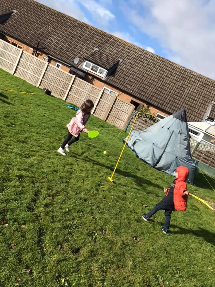 Playing swingball